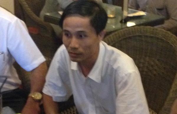 Hoa hau Dang Thu Thao lat mat ke lua dao hinh anh 2 Thanh niên đi cùng cô gái mạo danh quản lý của hoa hậu Thu Thảo. Ảnh: Khánh Trung.