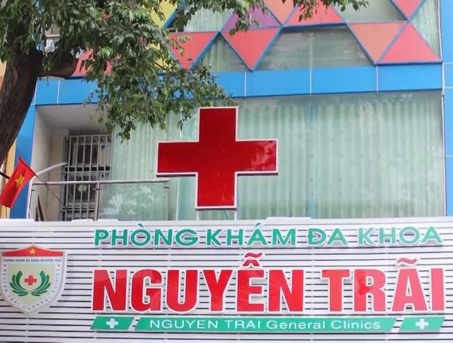 De xuat tuoc giay phep 4 phong kham bac si Trung Quoc o TP.HCM hinh anh 1