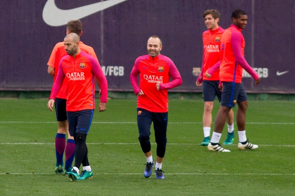 Andres Iniesta tro lai truoc them sieu kinh dien hinh anh 1