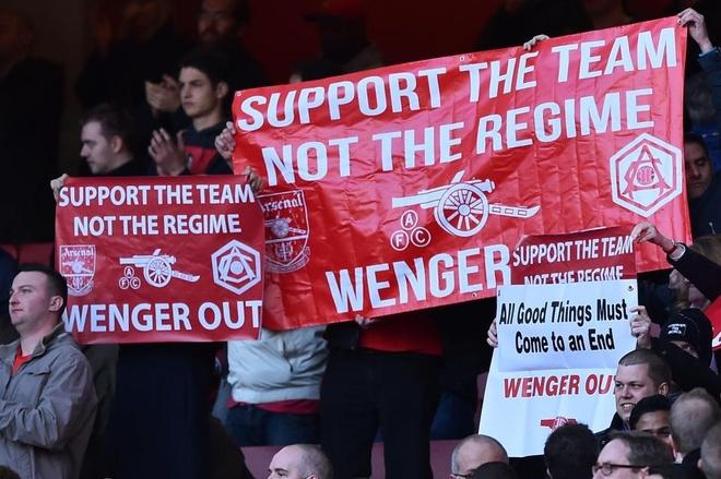 PSG chuan bi san hop dong loi keo Wenger bo Arsenal hinh anh 1