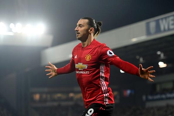 Man Utd giu chan Ibrahimovic bang hop dong dac biet hinh anh 1