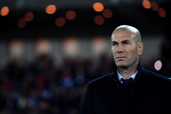 Zidane tren con duong xo do ky luc cua Barcelona va Juventus hinh anh 1