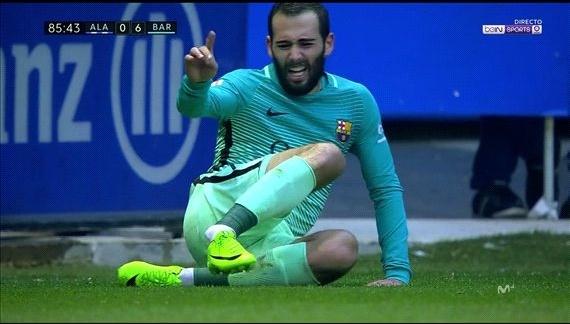 Barcelona mat Vidal den het mua hinh anh 1