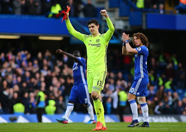 Doi Real,  Courtois tu choi hop dong moi voi Chelsea anh 1