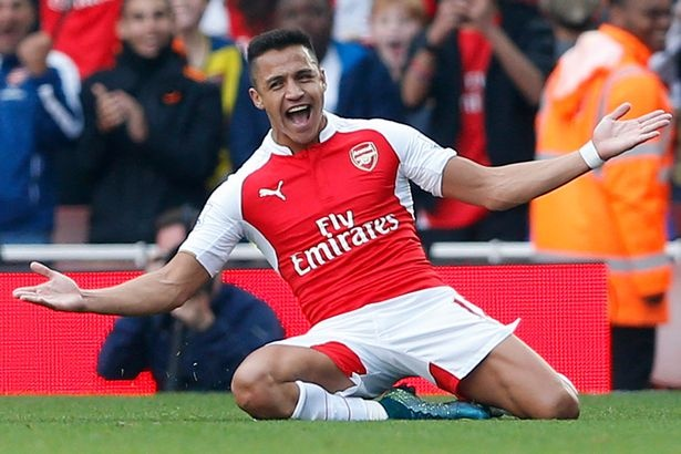 Co dong vien Man Utd ung ho Mourinho mua Sanchez hinh anh