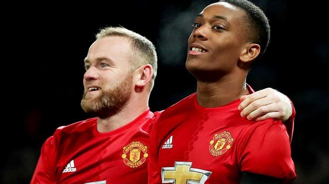 Martial va Rooney lai vang mat o tran dai chien voi Rostov hinh anh 1