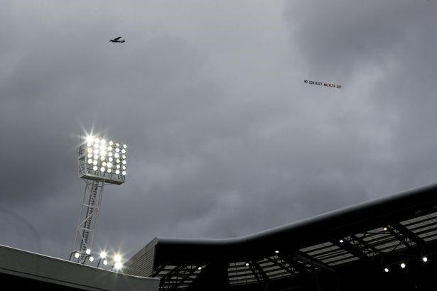 Arsene Wenger: 'Toi biet minh phai lam gi. Cac ban se som biet thoi!' anh 3