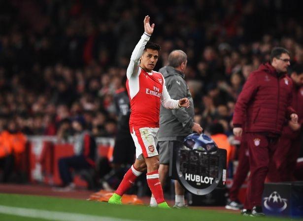 Arsenal chot gia ban Sanchez hinh anh 1