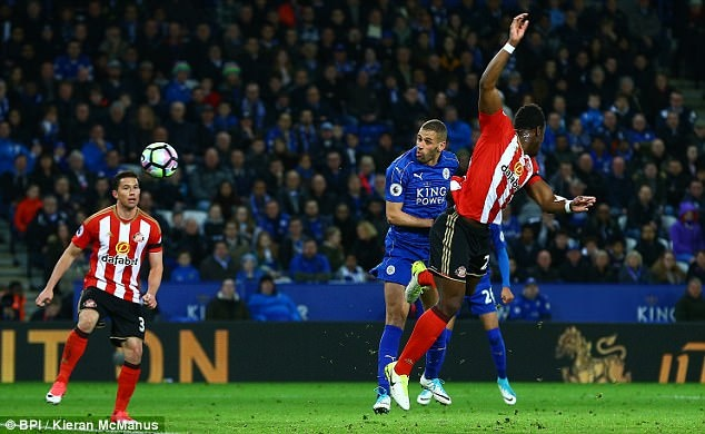 Vardy tiep tuc ghi ban,  Leicester chon vui hy vong cua Sunderland anh 2