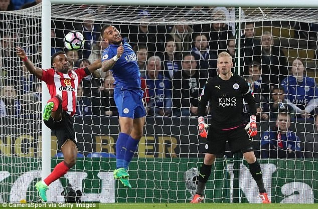 Vardy tiep tuc ghi ban,  Leicester chon vui hy vong cua Sunderland anh 14