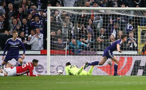Cac ngoi sao Man Utd rau ri tro ve sau tran hoa voi Anderlecht hinh anh 13