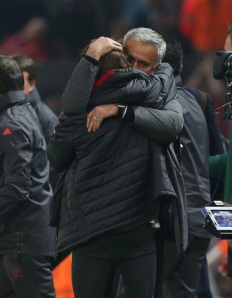 Mourinho om con trai an mung sau tran hoa Celta Vigo hinh anh 2