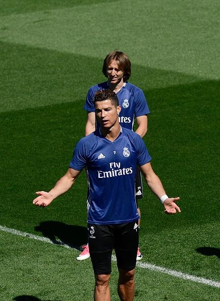 Zidane trieu tap con trai cho tran cuoi cung cua Real tai La Liga anh 5