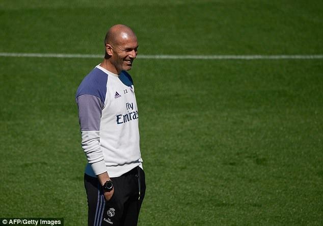 Zidane trieu tap con trai cho tran cuoi cung cua Real tai La Liga anh 6