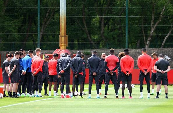 UEFA tang cuong an ninh bao ve tran Man Utd - Ajax hinh anh 8