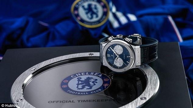 Cau thu Chelsea duoc tang qua truoc mua giai moi anh 5