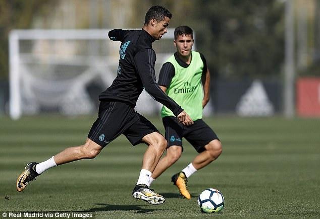 Ronaldo hung khoi cho tran dau tro lai La Liga hinh anh 2