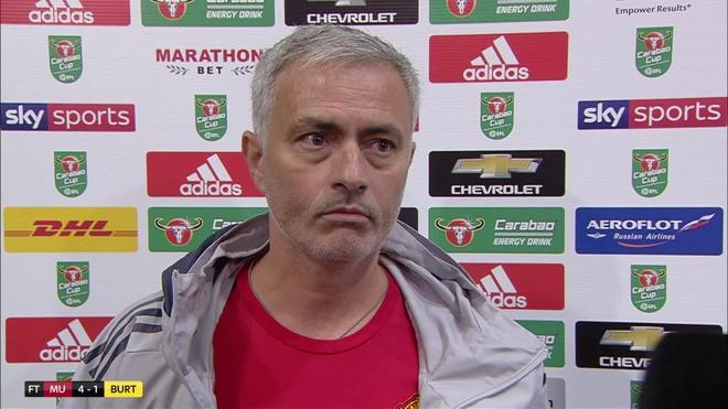 Mourinho phan doi cup Lien doan Anh hinh anh 1