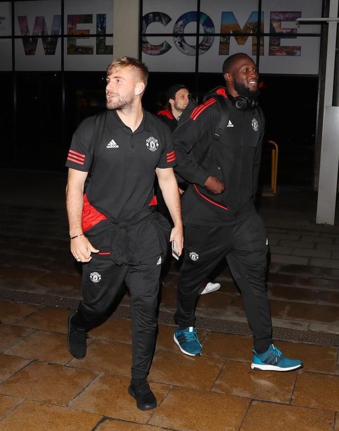 Danh bai Benfica, dan sao Man Utd vui ve tro ve ngay trong dem hinh anh 2
