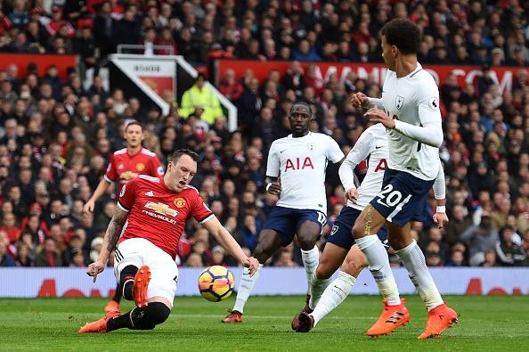 Cham diem MU 1-0 Tottenham: Sieu du bi toa sang hinh anh 4