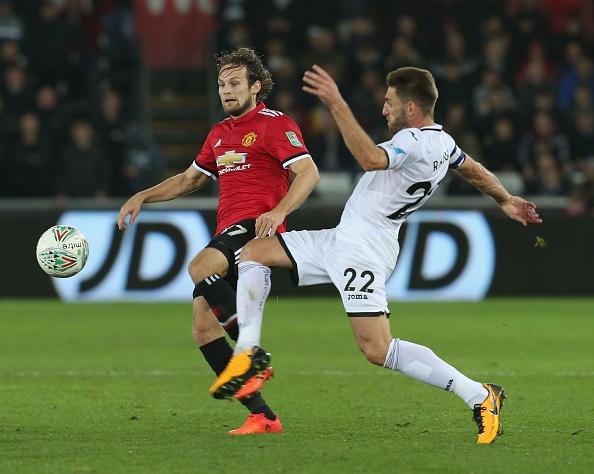 Cham diem Swansea 0-2 MU: Nguoi hung Lingard hinh anh 8