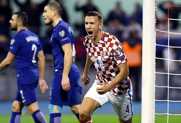 Luka Modric khai hoa, Croatia dat mot chan vao VCK World Cup 2018 hinh anh 8