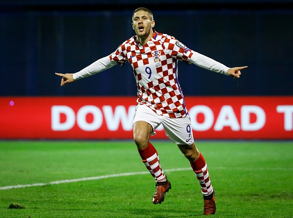 Luka Modric khai hoa, Croatia dat mot chan vao VCK World Cup 2018 hinh anh 9