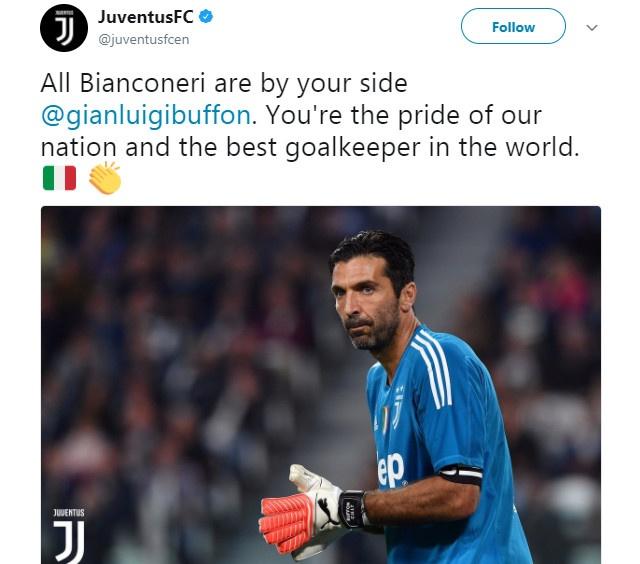 Casillas cung truyen thong the gioi chia se noi buon voi Buffon hinh anh 4