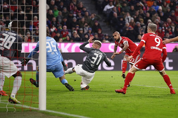 Bayern thang tran thu 8 lien tiep duoi thoi HLV Jupp Heynckes hinh anh 3