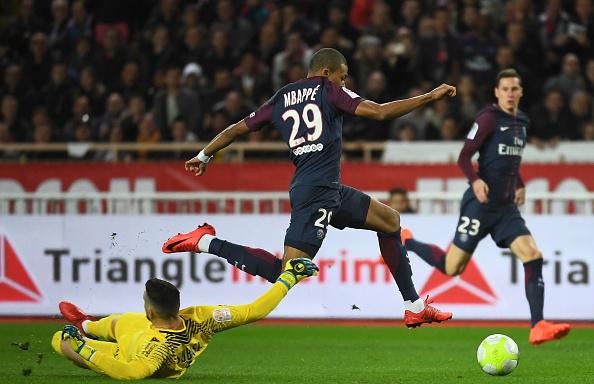Neymar va Cavani cung ghi ban, PSG xay chac ngoi dau hinh anh 10