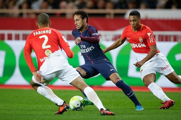 Neymar va Cavani cung ghi ban, PSG xay chac ngoi dau hinh anh 5
