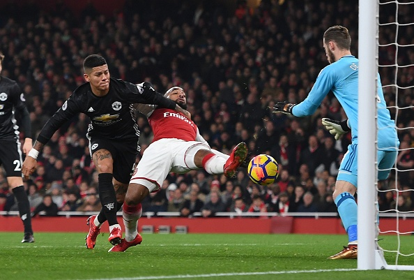 Cham diem Arsenal 1-3 MU: Nguoi hung De Gea hinh anh