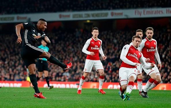 Cham diem Arsenal 1-3 MU: Nguoi hung De Gea hinh anh 5