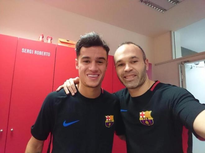 Coutinho gap dong doi moi tai Barca hinh anh