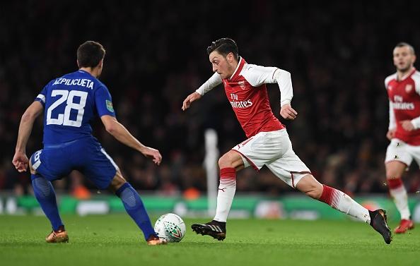 Danh bai Chelsea,  Arsenal vao chung ket League Cup anh 9