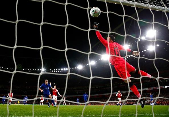 Danh bai Chelsea,  Arsenal vao chung ket League Cup anh 2