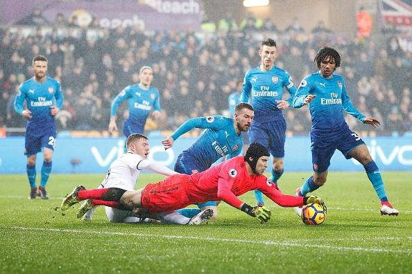 Ra mat Mkhitaryan,  Arsenal thua muoi mat truoc doi bong bet bang anh 2
