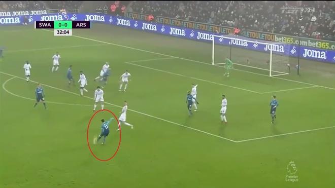 Ra mat Mkhitaryan,  Arsenal thua muoi mat truoc doi bong bet bang anh 4