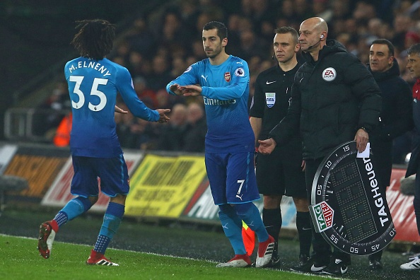 Ra mat Mkhitaryan,  Arsenal thua muoi mat truoc doi bong bet bang anh 7