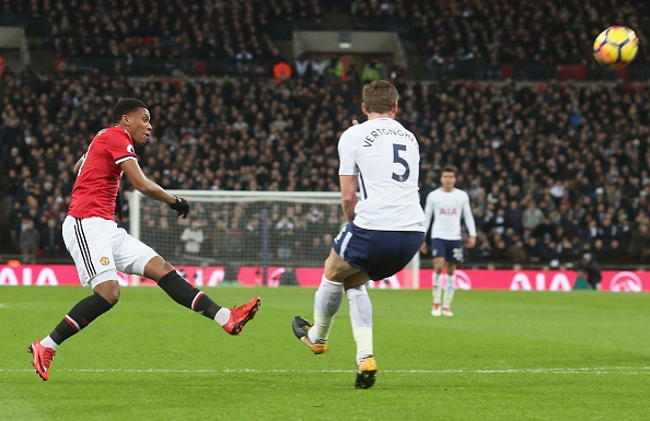 Cham diem Tottenham 2-0 MU: Sanchez te nhat tran hinh anh 9