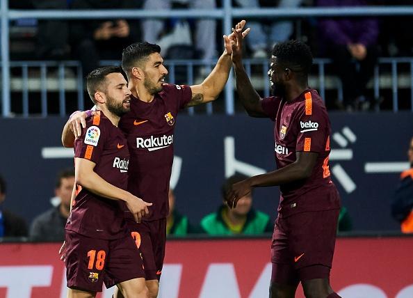 Vang Messi, Barca bay tren doi canh cua Suarez va Coutinho hinh anh 3