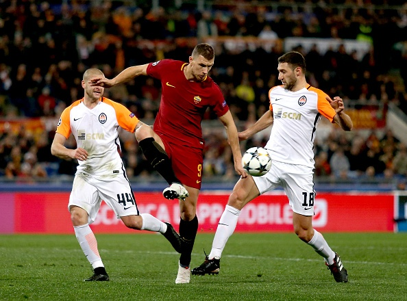 Dzeko lap cong dua AS Roma vao tu ket Champions League hinh anh 2