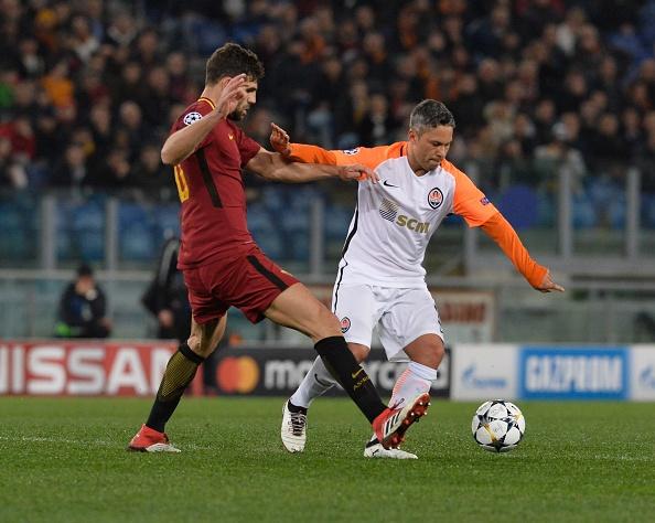 Dzeko lap cong dua AS Roma vao tu ket Champions League hinh anh 3