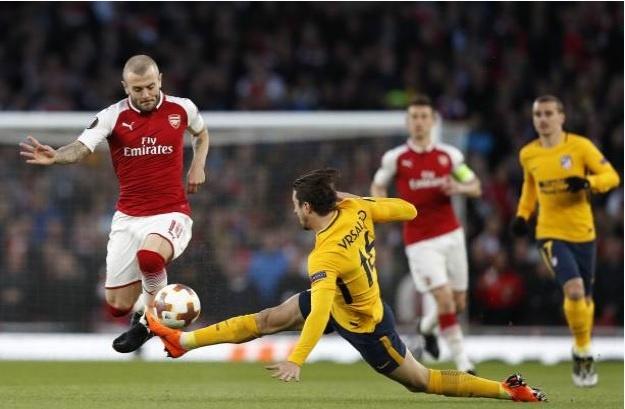 Griezmann lap cong giup 10 nguoi Atletico cam hoa tren san Arsenal hinh anh 3