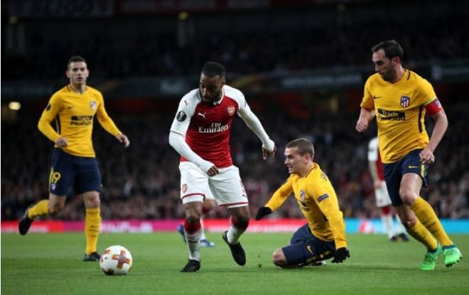 Griezmann lap cong giup 10 nguoi Atletico cam hoa tren san Arsenal hinh anh 8