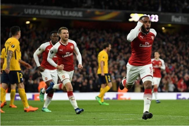 Griezmann lap cong giup 10 nguoi Atletico cam hoa tren san Arsenal hinh anh 9