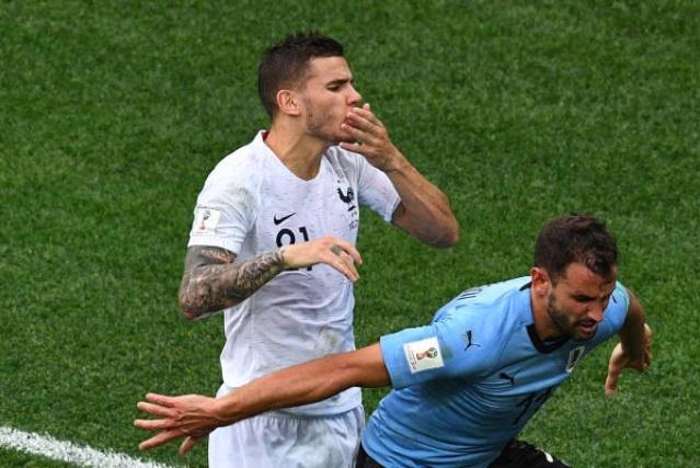 Cham diem Uruguay 0-2 Phap: Than may man giup Griezmann toa sang hinh anh 5