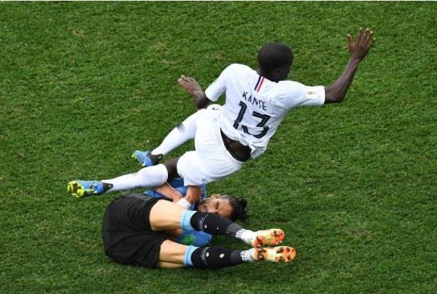 Cham diem Uruguay 0-2 Phap: Than may man giup Griezmann toa sang hinh anh 6