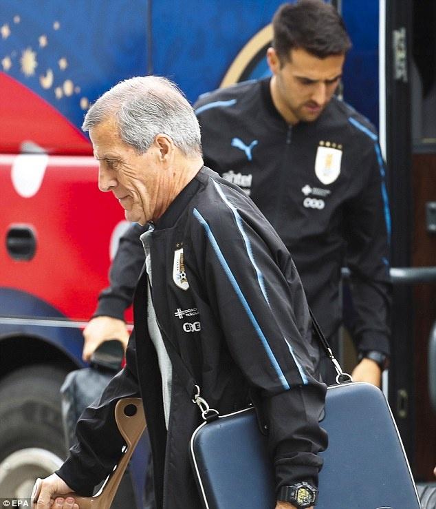 Suarez cung tuyen Uruguay buon ba ve nuoc hinh anh 8