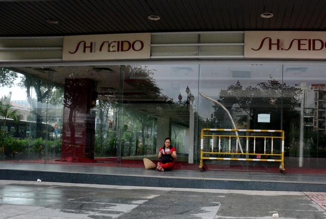 Canh hoang tan ben trong Thuan Kieu Plaza hinh anh